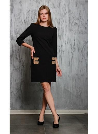 JEANNE D'ARC Truvakar Kol Ceplerinde Zincir Detaylı Elbise  Siyah